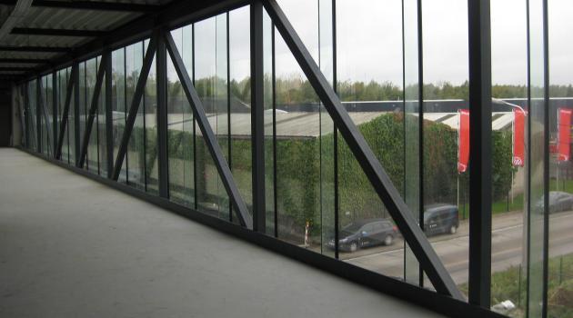 De Wulf (Oekene) - glazen passerelle glas-glas